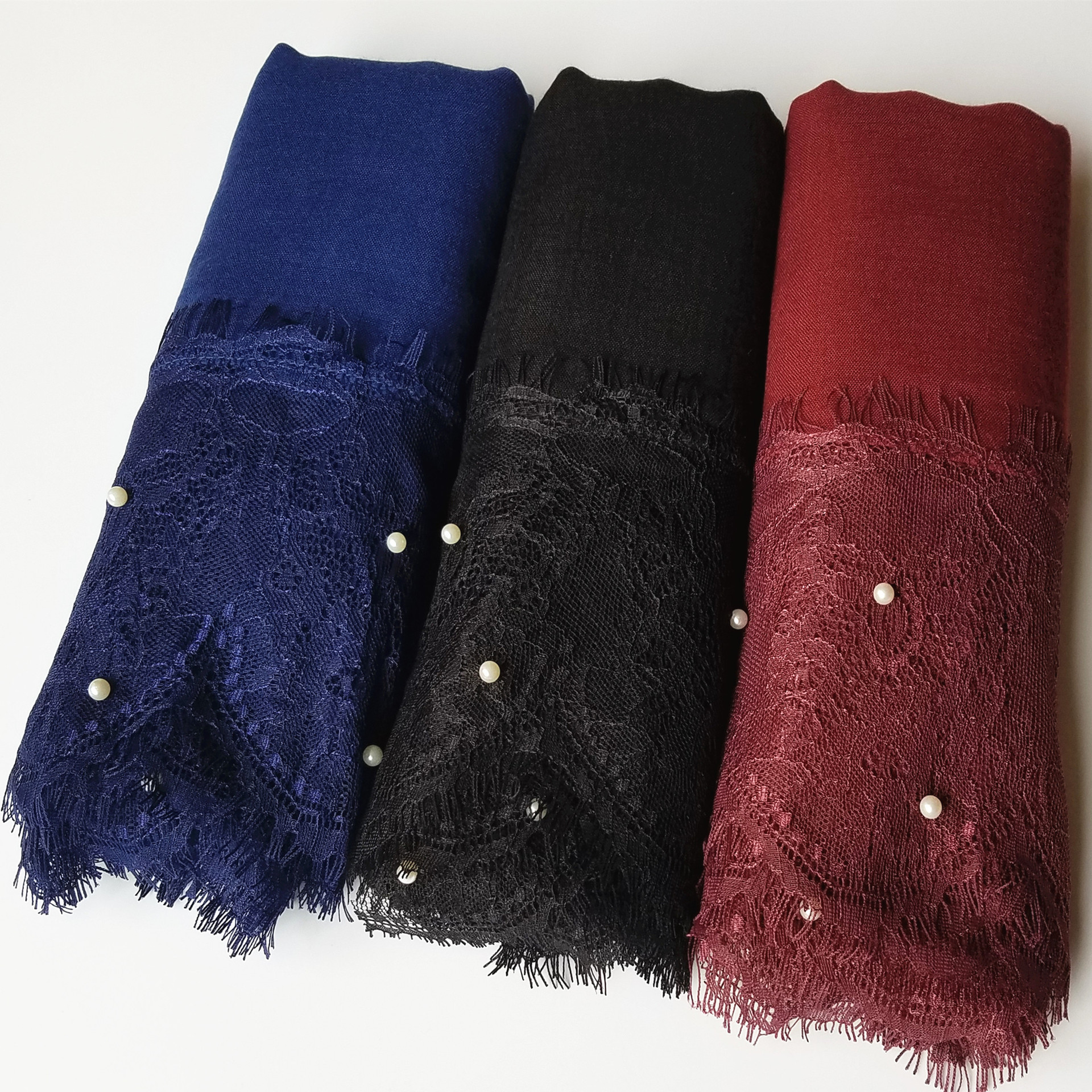 2019 Women Plain Lace Scarf  Hijab Ladies Shawls Head Wrap Turban Islamic Cotton Headscarf Pearls Beading Hijab Femme Musulman