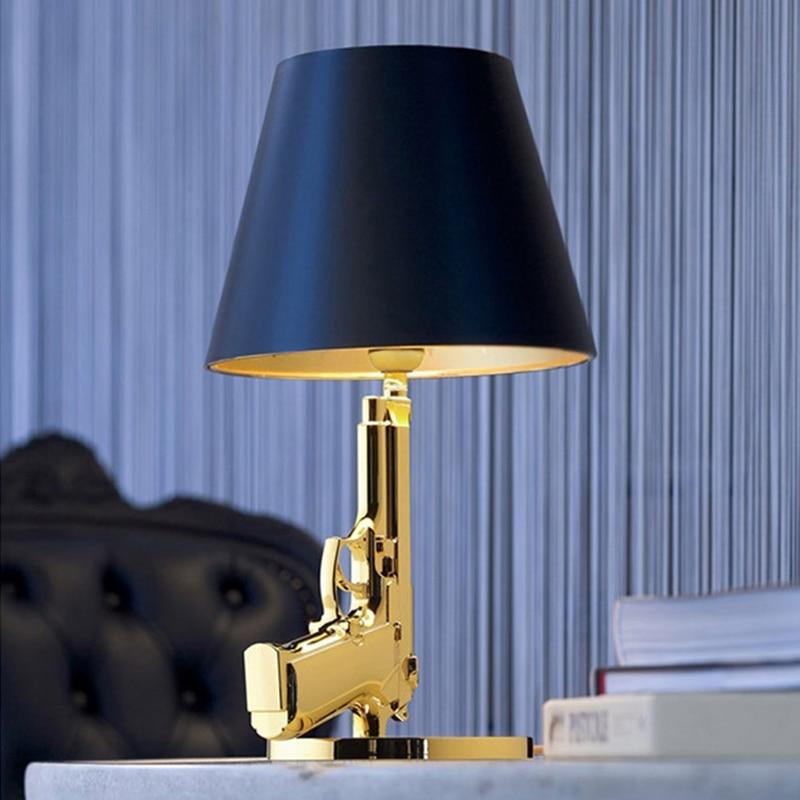 AK47 Tisch Lampen Nordic gold silber led tisch lampe AK47 schatten schreibtisch lampe wohnzimmer dekoration schlafzimmer leuchte boden lampe