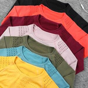 Image 3 - Женский спортивный костюм, бесшовная одежда для спортзала, Женский комплект для спортзала и йоги, леггинсы для фитнеса + укороченные рубашки, комплекты для тренировок, спортивный костюм, наряды