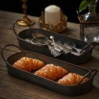 Retro uzun demir tepsi kolları ile Metal Vintage fransız ekmek tatlı meyve kek tabakları organizatör masa ev dekor wy121306