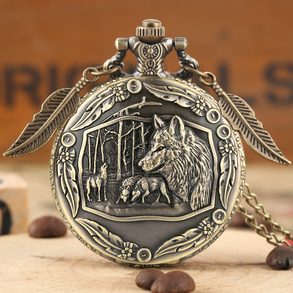 Vintage 3D Wild Wolf Bronze Quartz Pocket Watch Chain Pendant Awesome Animal Wolves Sculpture Necklace Clock With Leaf Accessory