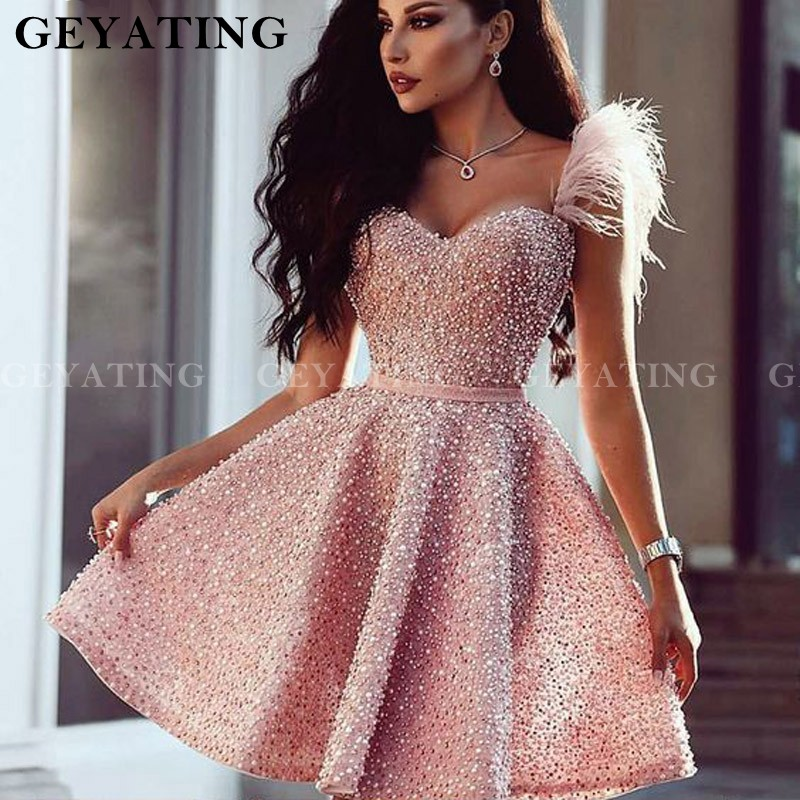 Sparkly Pink Beaded Sweetheart Short Prom Dresses With Feathers 2020 Women A Line Cocktail Dress Birthday Formal Party Gowns