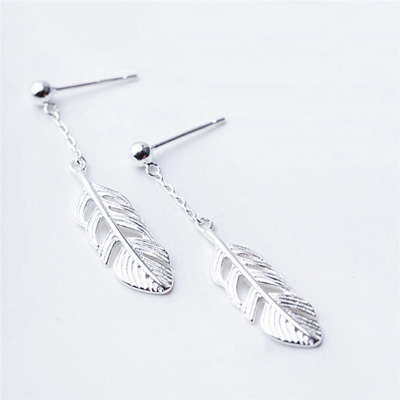 Korea Sweet Feather Short Creative 925 Sterling Silver Temperament Personality Trendy Female Dangle Earrings SEA119