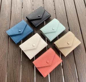 Image 2 - 2020 가죽 디자이너 접이식 여성용 지갑 여성용 짧은 지갑 클러치 카드 소지자 지갑