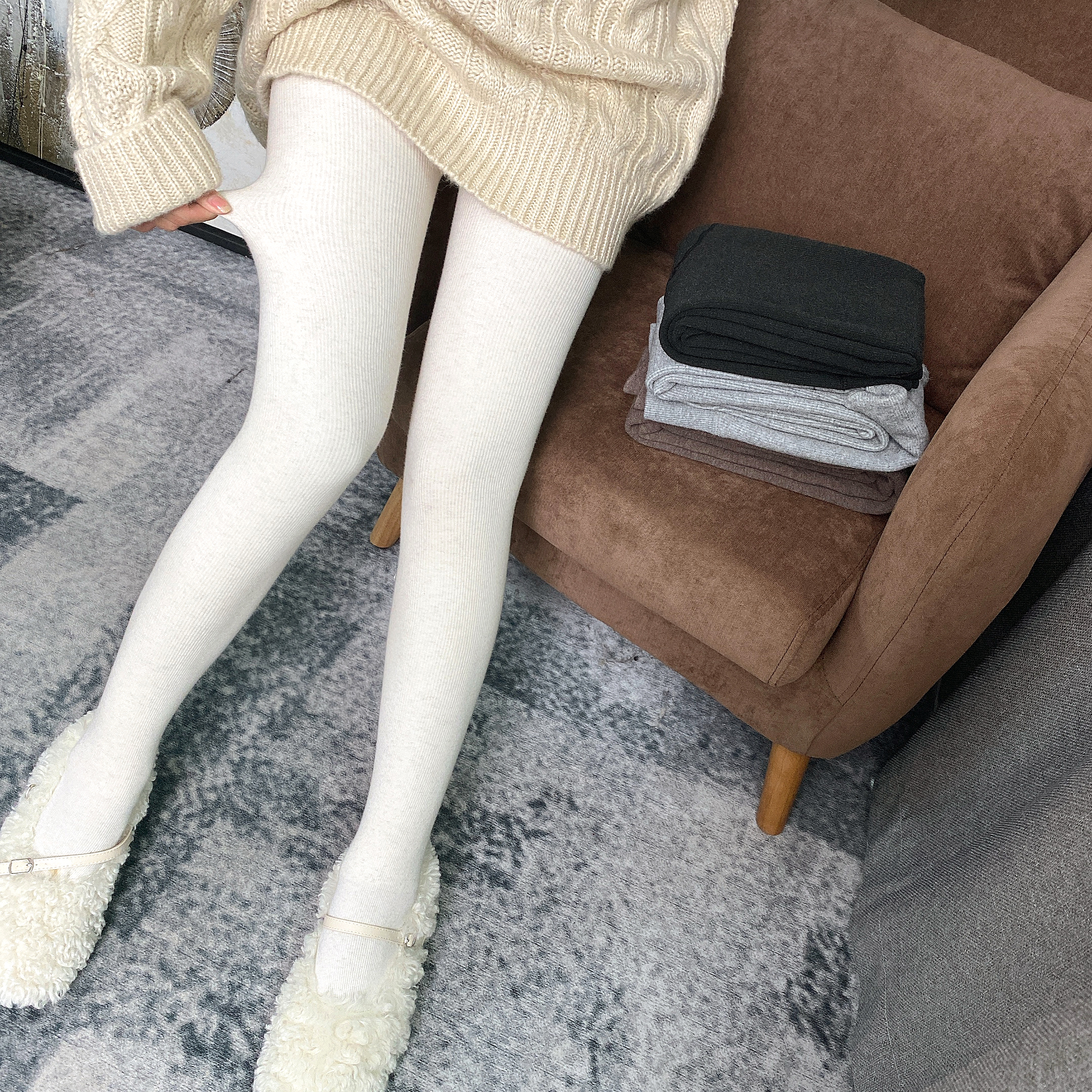 MISHOW 2019 Winter Fashion Women Warm Leggings Female High Waist Thick Pants Solid All-Match Sexy Leggings MX19C2607