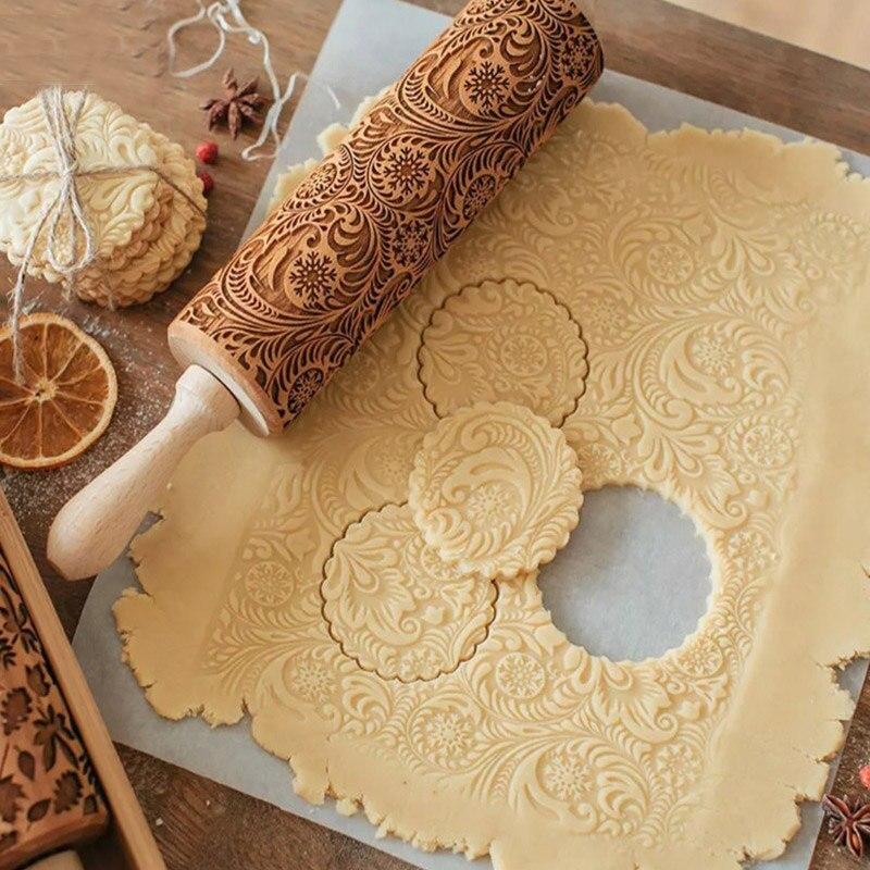 Yılbaşı kabartmalı haddelenmiş ahşap oyma pişirme çerez bisküvi fondan kek hamur açma makinesi ren geyiği kar tanesi noel