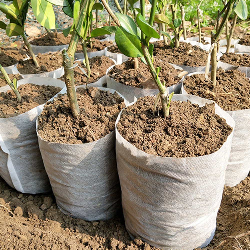 100Pcs Non-woven Seedling Pots Eco-Friendly Nursery Bag Plant Grow Bags Fabric Pouch Planting Bags Different Sizes Biodegradable