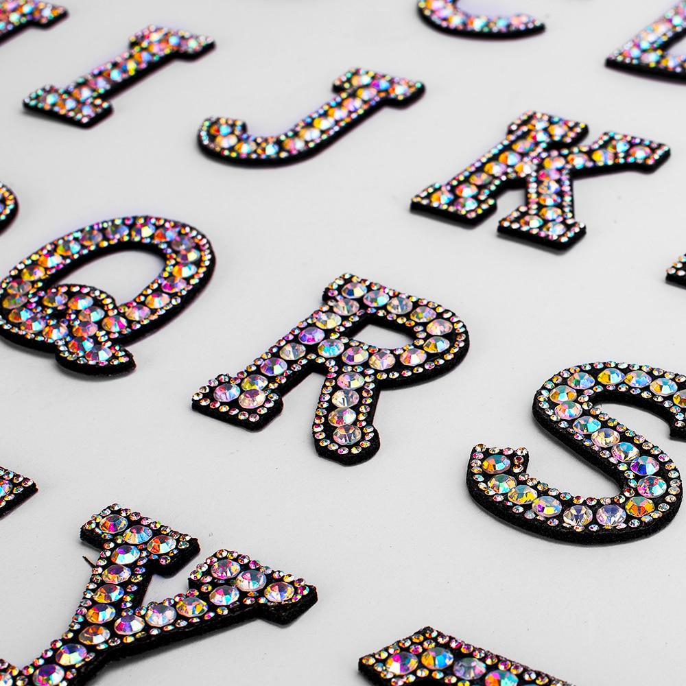 A-Z 1 pçs strass inglês alfabeto letra aplique 3d ferro em letras remendo para roupas crachá colar para roupas saco sapatos