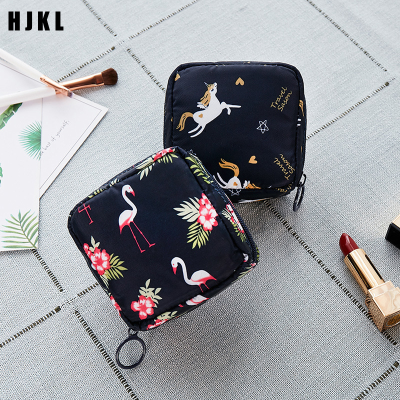 Fashion Women Small Cosmetic Bags Travel Mini Sanitary Napkins Make Up Coin Money Card Lipstick Storage Pouch Purse BagsJewelry