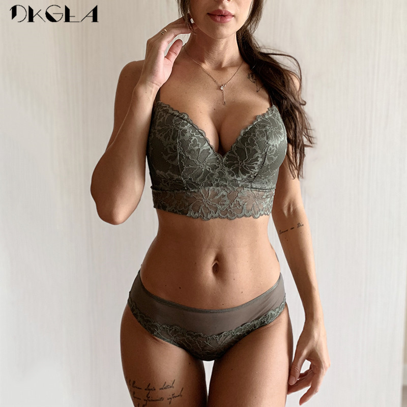 2019 New Green   Bra   and Panties   Set   Lace Brassiere Wire Free Embroider Lingerie   Set   Thin Cotton Deep V Sexy Underwear   Set   Women