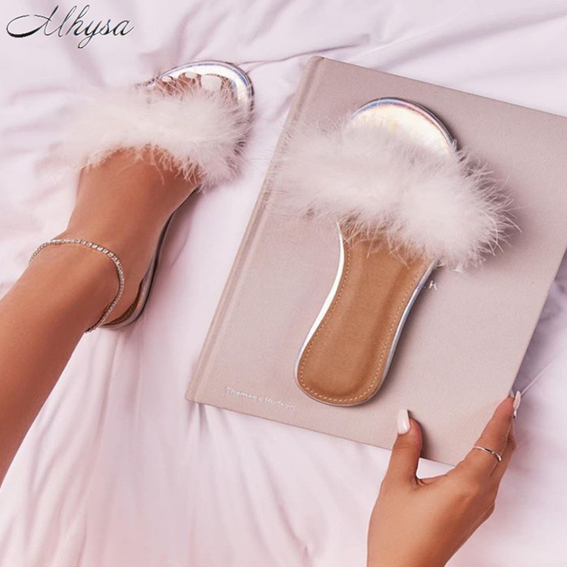2020 New Women Shoes Summer Women Non-slip Flats Shoes Women Furry Woman Outdoor Beach Feather Slippers Sandals Shoes Woman