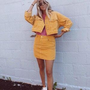 Image 4 - Lato kobiet 2 zestaw gorąca sprzedaż moda damska jednolity kolor jednorzędowy kurtka dżinsowa + kieszeń krótka spódnica dwuczęściowy garnitur