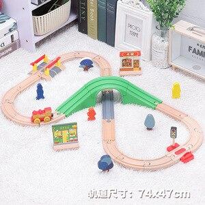 Image 4 - Детский набор игрушечного электрического поезда, магнитный игрушечный поезд с литыми отверстиями, деревянная железная дорога Bri o, трек для поезда, игрушки для детей, подарки