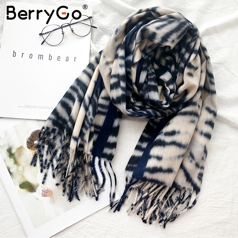 BerryGo Autumn Winter Leopard Print Women Scarf Casual Streetwear Ladies Thick Warm Scarf Chic Tassel Female Shawls Scarves