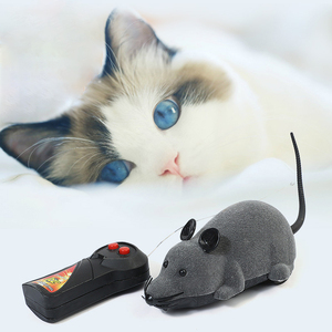 Image 3 - Mouse Toys Wireless RC Mice Cat Toys Remote Control False Mouse Novelty RC Cat Funny Playing Mouse Toys For Cats