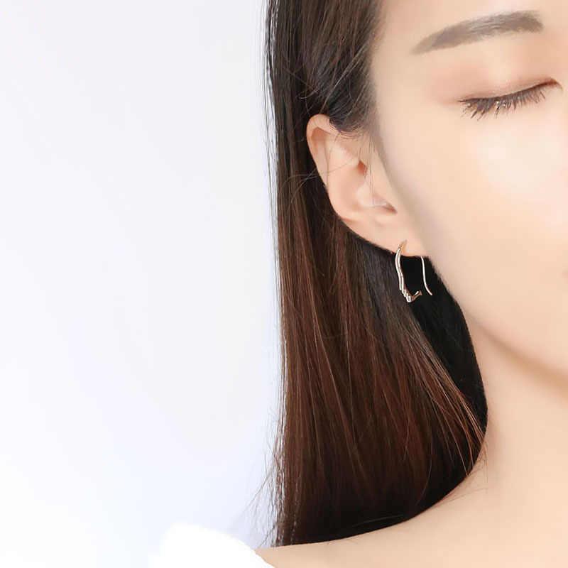 الفن أنيق فضي اللون الجوف الوجه أقراط 925 الوجه بيان أقراط مجوهرات الأزياء للنساء سعر المصنع