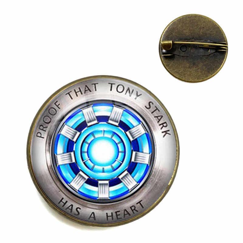 Cabochon de vidro Broche Marvel Homem de Ferro Tony Stark Arc Reactor Pinos Collar The Avengers Filme Reino Quântico Endgame 4 Lembrança