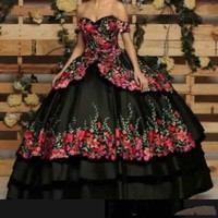 Romantic Off Shoulder Quinceanera Dresses Flower Applique Sweetheart Embroidery vestido 15 anos Formal Sweet 16 Prom Party Gowns