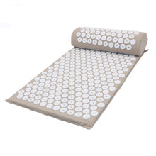 купить New Massager Cushion Acupuncture Sets Relieve Stress Back Pain Acupressure Mat Pillow Massage Mat Rose Spike Massage Relaxation Yoga Mat по цене 153.06 рублей
