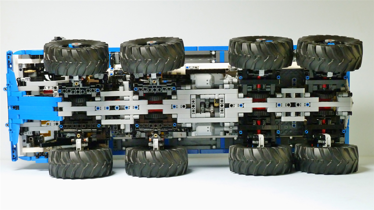 Tatra T813 8x8 PROFA MOC 27092 Technic Designed By Madoca1977 Produced By MOC BRICK LAND