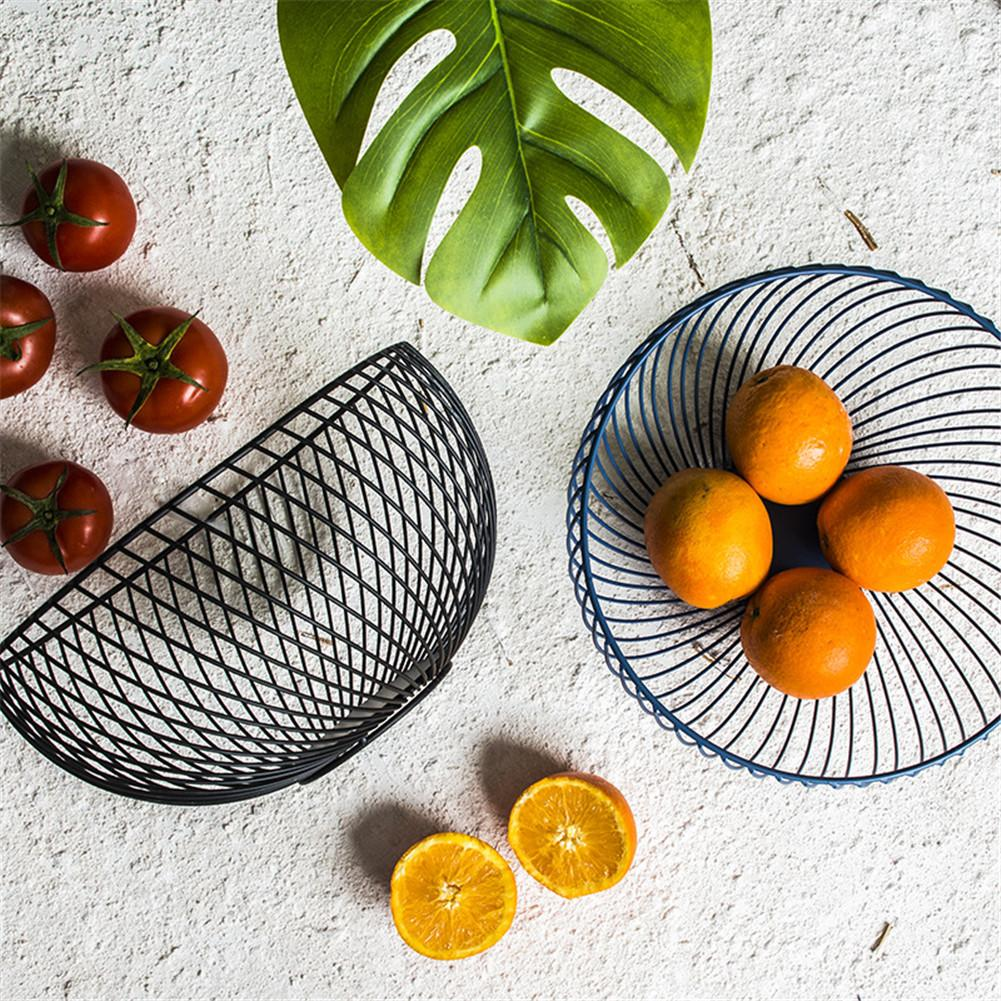 Creative Nordic Iron Art Fruit Basket Livingroom Hollow Desktop Snack Round Metal Decor Geometric Pattern Storage