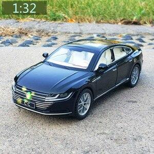 1:32 CC спортивная модель автомобиля diecasts & toy vehicles Pull Back имитация звука музыкальная с подсветкой автомобилей металлические модели автомобилей