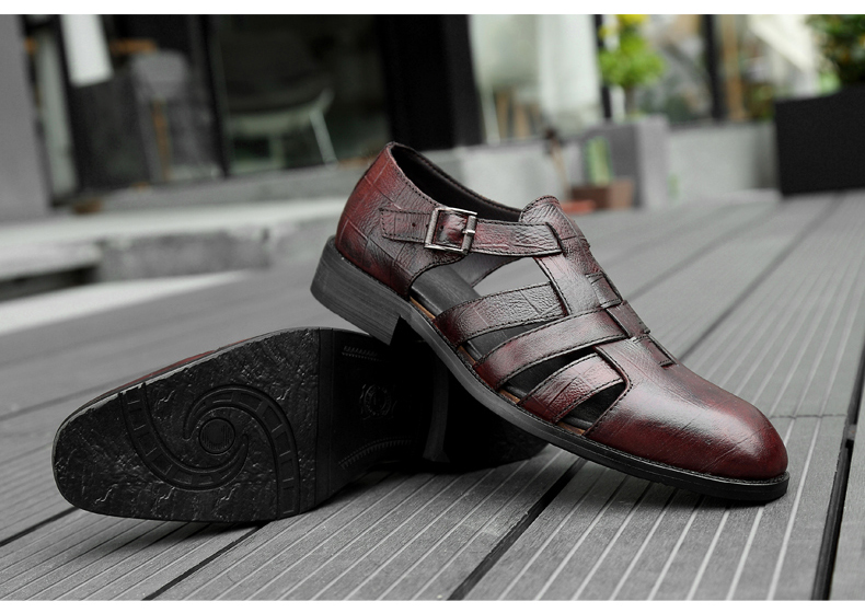 Genuine leather Men Sandals Handmade dress shoes Luxury  Sandals Summer Beach Shoes Business Dress sandals