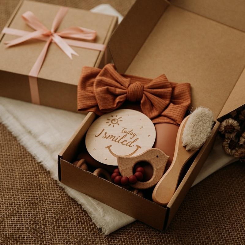 Biss Bites 1 Set Baby Pflege Silikon Lätzchen Stirnband Baby Meilensteine Pinsel Rassel Armband Neugeborenen Geschenk Geschenk Produkte Für Kinder