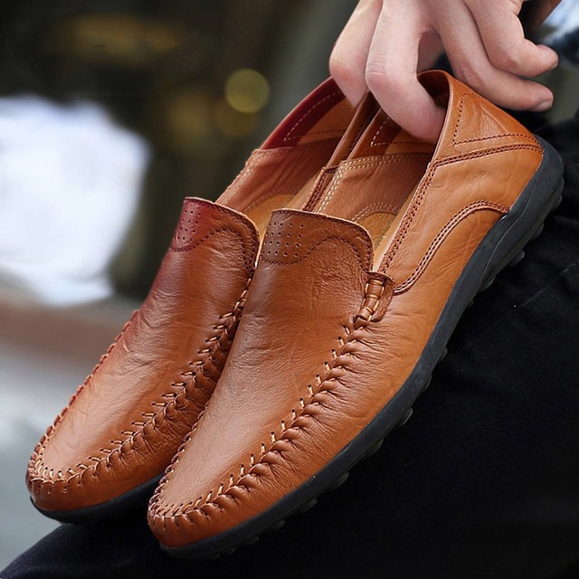 Genuine Leather Men Casual Shoes  2019 Mens Loafers Moccasins Breathable Slip on Black Driving Shoes Plus Size 38 47 B1374