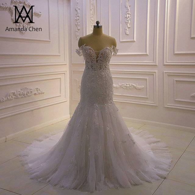 באיכות גבוהה תפור לפי מידה כבוי כתף בת ים Sheer חתונה שמלה