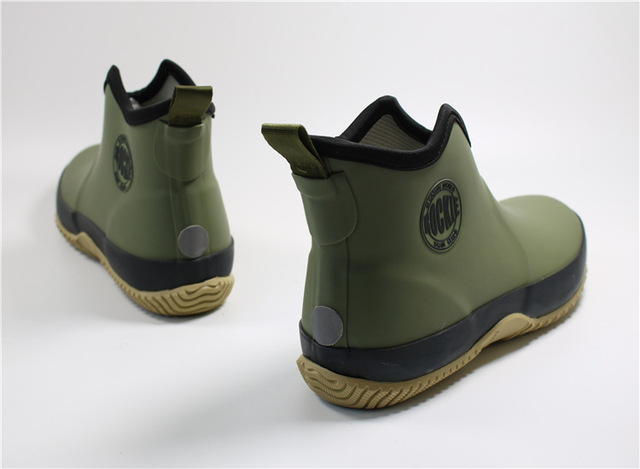 Men's Slip-on Rain Boots Waterproof Rubber Ankle Boots Outdoor Casual Fishing Boots Students Rain Shoes Male Platform Booties 2