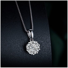 925 sterling silver snowflake inlaid zircon ladies necklace pendant fashion jewelry European and American style holiday gift(China)