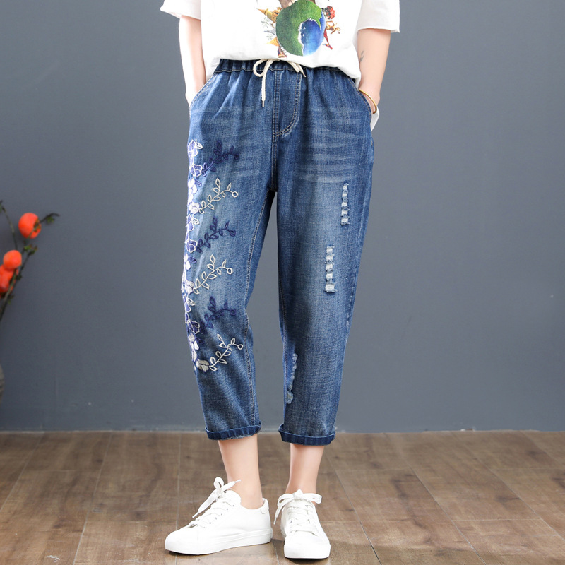 2019 Plus Size Casual Jeans Summer Women Clothing Fashion Loose Flowers Embroidery Denim Calf-Length Pants