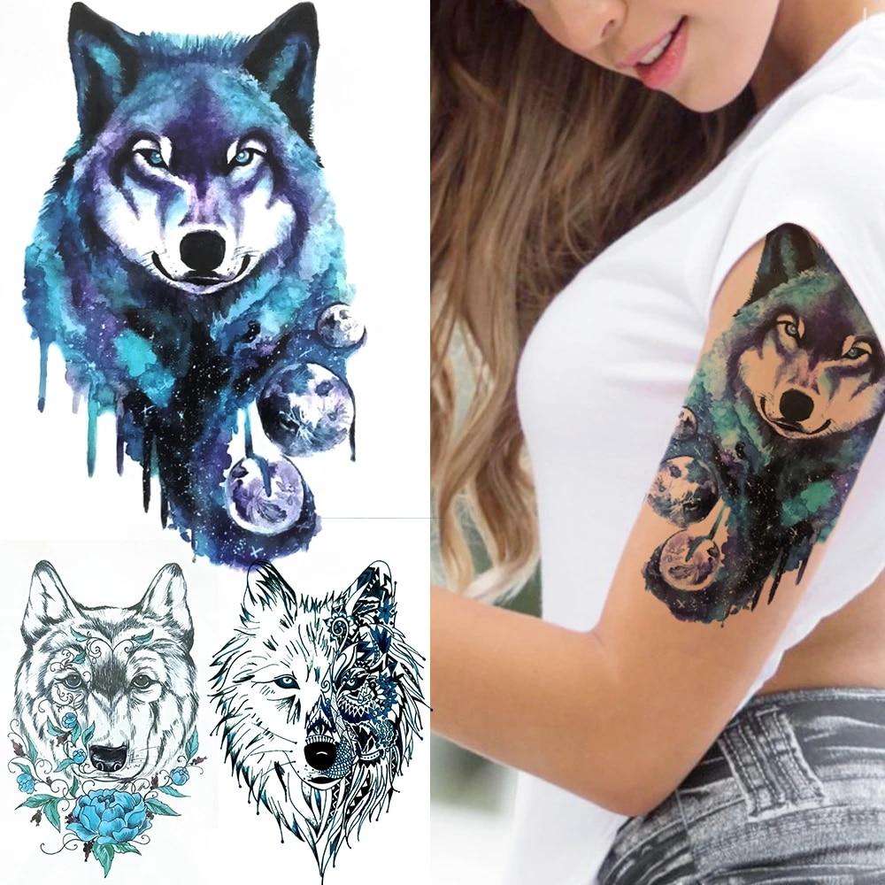 Tattoo frau oberarm