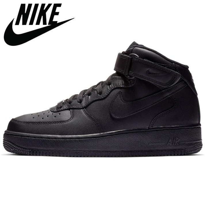 Ready stock Original Authentic Men's Air Force 1 AF1 Sports Shoes Official Breathable Sports Shoes Low Black High White