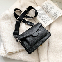 2019 new mini handbags women fashion ins ultra fire retro wide shoulder strap messenger bag