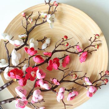 60cm sztuczny kwiat śliwy sztuczne jedwabne kwiaty sztuczne kwiaty kwiat śliwy na zimę wystrój pokoju DIY dekoracje ślubne tanie i dobre opinie MicroPlush CN (pochodzenie) Bukiet kwiatów Na Chiński Nowy Rok Jedwabiu