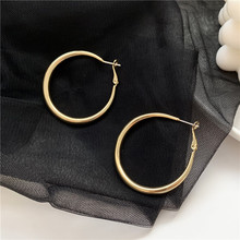 2020 New Arrival Fashion S925 Silver Plated Stud Simple Thick Earrings for Women Accessories Jewelry 2020 new arrival fashion cool s925 silver plated stud metal style c shaped earring for women accessories jewelry
