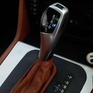 Image 4 - האחרון ב 2019 מראה מעודכן ידית הילוכי LED עבור BMW X3 E83 E83 LCI 2004 2010 אביזרים