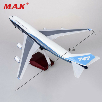 цена на New stock 1/150 Scale Airplane1/150 B747 Boeing 747-400 Plane Model Replica Resin 47cm Long Diecast Aircraft Model With light