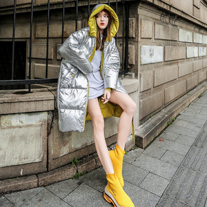 Image 4 - חורף מעיל נשים ארוך סלעית להאריך ימים יותר עמיד למים בנות מבריק כסף כותנה מרופד Parka חם שלג מעיל נשי צבע בלוק