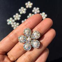 Nowy! 5 sztuk bling śliczny kwiat perłowy AB aplikacja ze strasem przyszyć łatka na odzież sukienka łatki diy aplikacja z koralikami aplikacja tanie tanio Change Tutto 2 5cm Naszywane Zroszony Plastry HANDMADE Ekologiczne
