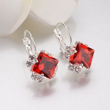 Fashion Rhinestone Earrings Girl Personality White Square Crystal Pendant Earrings Women's Statement Wedding Jewelry ms best fashion black gray resin wedding jewelry design pendant earrings women girl statement earrings gifts wholesale wedding