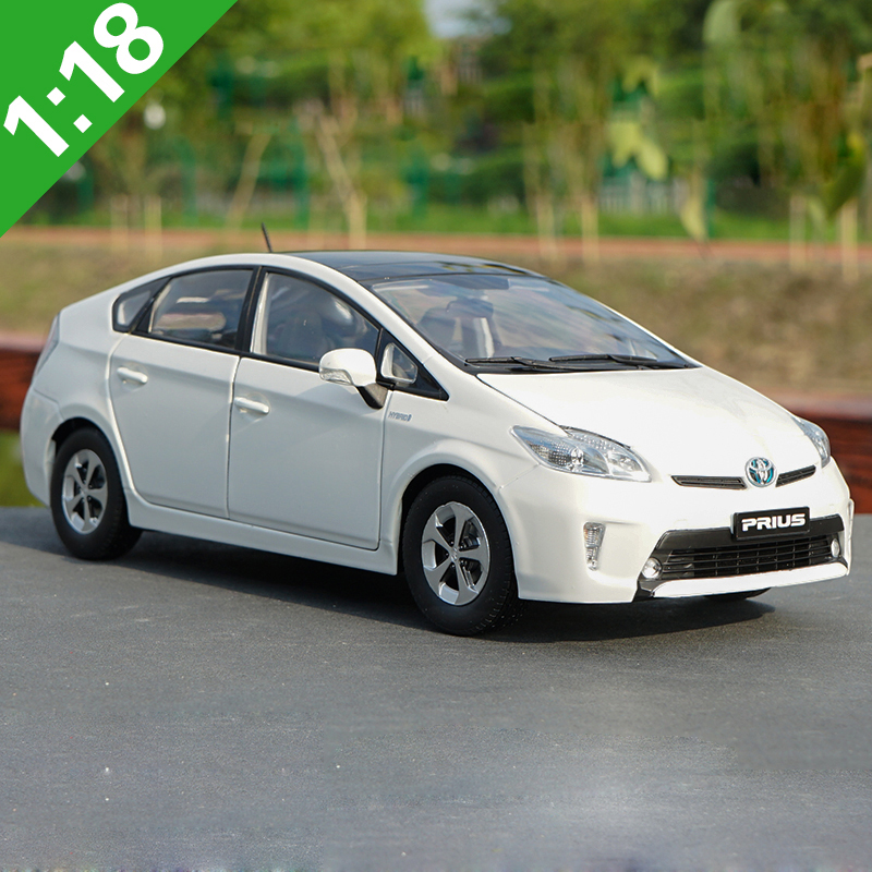 1:18 Toyota PRIUS Hybrid Alloy Model Car Static Metal Model Vehicles Original Box For Gifts Collection