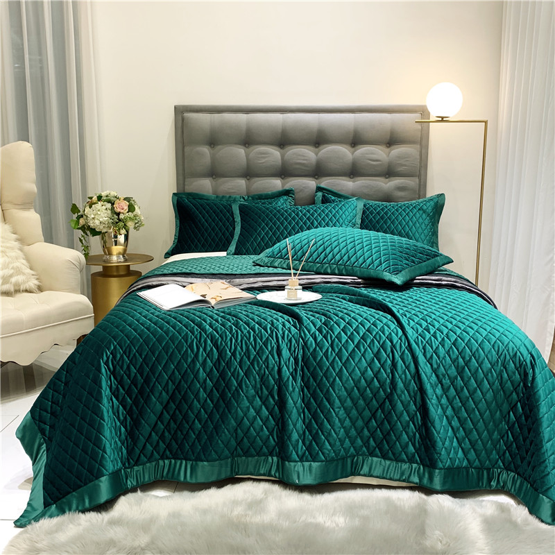 New Luxury Green Purple Yellow Gray White Soft Silk Velvet Fleece Quilted Bedspread Bed Cover Bed Sheet Blanket Pillowcases 3pcs