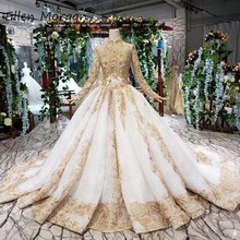 Vintage High Neck Long Sleeves Muslim Wedding Dresses for Women 2020 Ivory with Gold Lace Beads Puffy Merry Arabic Bridal Gowns