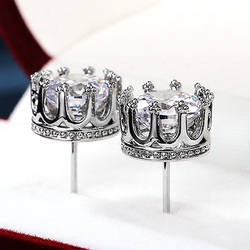 Huitan High Quality Classic Crown Stud Earrings for Women Silver Color Brilliant Cubic Zircon Versatile Luxury Jewelry Fine Gift