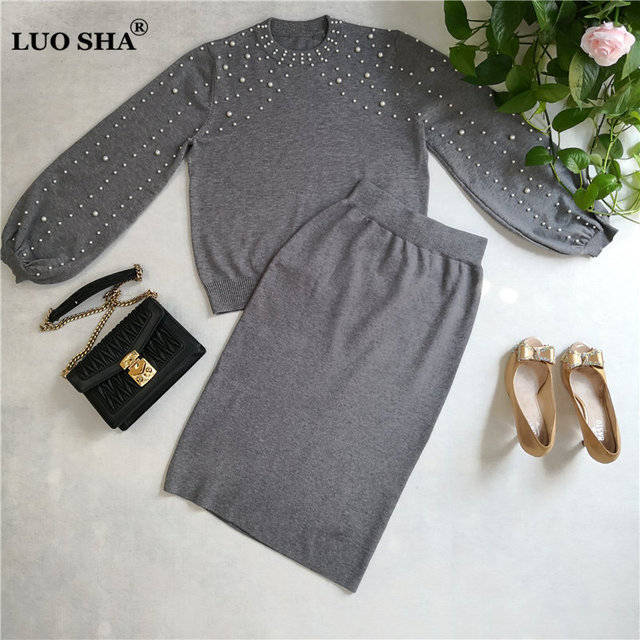 LUOSHA 2019 Autumn Winter New Women Two Piece Sweat Set Pearl Beading Knitted Pullover +Pencil Skirt Women Elegant 2 Piece Suits