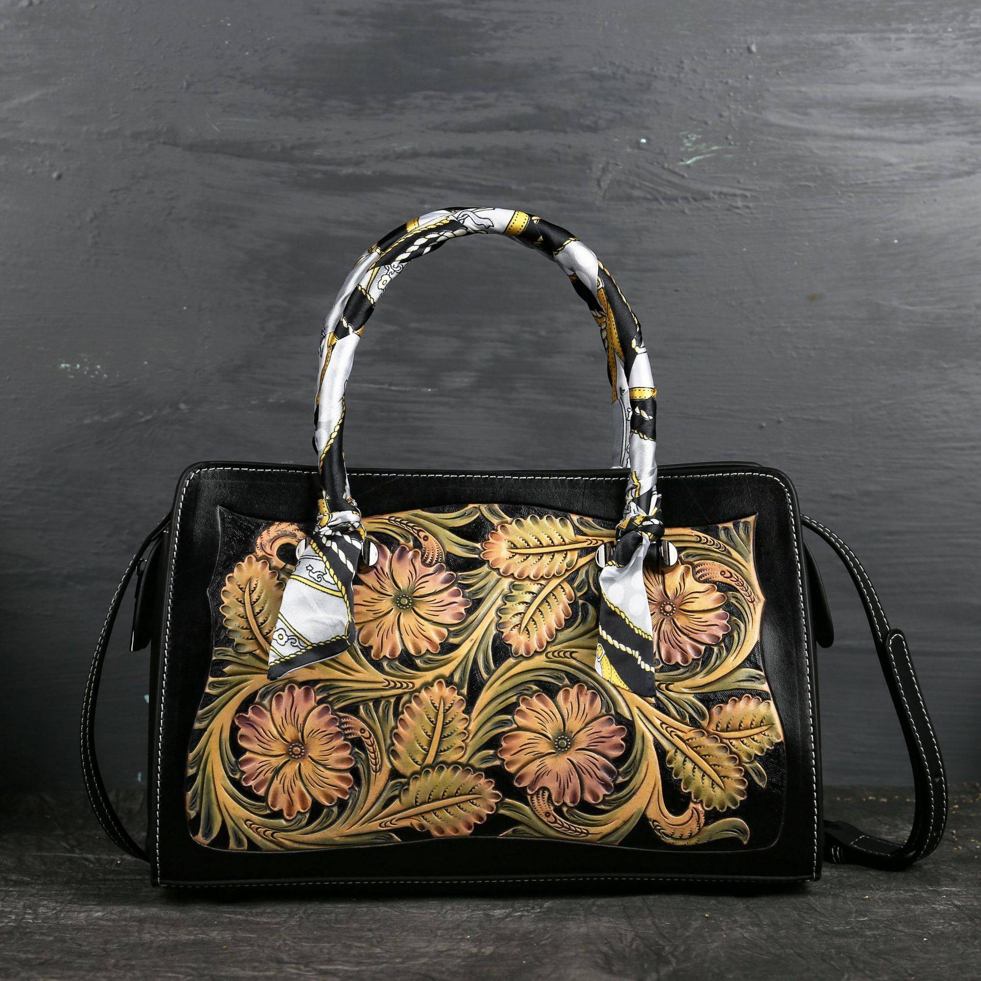 Johnature Designer Handbags High Quality Genuine Leather Women Bag 2020 New Retro Handmade Embossing Cowhide Shoulder Bag