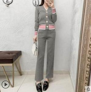 Image 4 - 2019 outono nova chegada conjuntos de moda feminina casual sólido decote em v tricô cardigan botão camisola e calças casuais s88107y